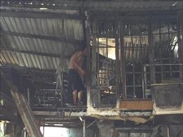Hàn sắt gây chập điện, cửa hàng cho thuê vật liệu xây dựng bốc cháy