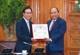 Thủ tướng Nguyễn Xuân Phúc tiếp Tổng Giám đốc Tổ hợp Samsung Việt Nam