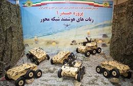 Iran giới thiệu nhiều thiết bị quân sự tự chế tạo
