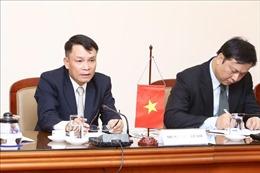 Tổng giám đốc TTXVN Nguyễn Đức Lợi tiếp đoàn đại biểu Quốc hội Hàn Quốc