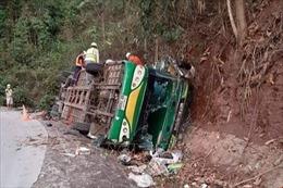 Tai nạn xe khách tại Lào, 6 người Việt thương vong