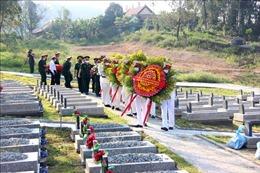 Thừa Thiên - Huế truy điệu và an táng 15 hài cốt liệt sỹ Việt Nam hy sinh tại Lào