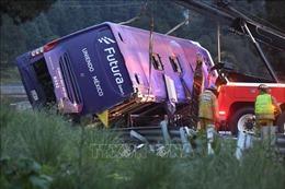Lật xe buýt tại Mexico, ít nhất 13 người thiệt mạng