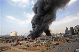 Quân đội  Liban điều trực thăng giúp kiểm soát đám cháy tại cảng Beirut
