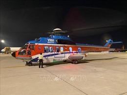 Chuyển bệnh nhân từ Trường Sa về đất liền cấp cứu bằng trực thăng