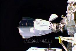Tàu vũ trụ Crew Dragon kết nối thành công với ISS