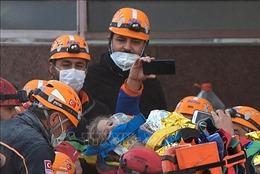Động đất tại Thổ Nhĩ Kỳ và Hy Lạp: Cứu sống một bé gái 4 tuổi ở thành phố Izmir