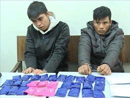 Bắt giữ hai đối tượng mua bán hơn 5.400 viên ma túy tổng hợp