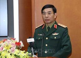 Bộ trưởng Bộ Quốc phòng tiếp Đại sứ Ấn Độ và Đại sứ Hàn Quốc