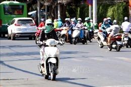 TP Hồ Chí Minh 'tăng nhiệt', tia cực tím ở mức nguy hại