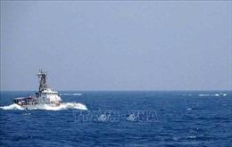 Iran khẳng định đã cảnh báo tàu hải quân Mỹ trước khi va chạm ở Eo biển Hormuz