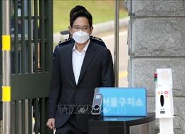 Người thừa kế tập đoàn Samsung Samsung Lee Jae-yong được phóng thích