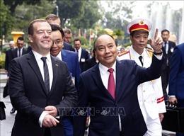 Thủ tướng Liên bang Nga Dmitry Medvedev kết thúc chuyến thăm chính thức Việt Nam