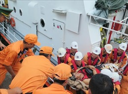 Bốn thuyền viên Philippines bị tai nạn lao động trên biển