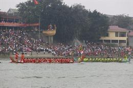 Lễ hội Đền Hùng: Rộn ràng lễ hội bơi chải truyền thống trên sông Lô