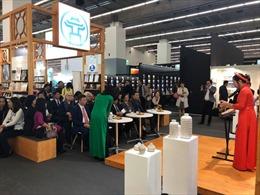 Dấu ấn Hà Nội - Việt Nam tại Hội chợ sách quốc tế Frankfurt 2019