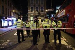 Thủ tướng Anh lên án hành vi khủng bố trên cầu London