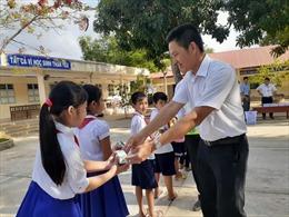 Vinamilk được chọn là đơn vị triển khai sữa học đường tại Trà Vinh
