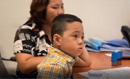 Trẻ tự kỷ phục hồi kỳ diệu nhờ ghép tế bào gốc