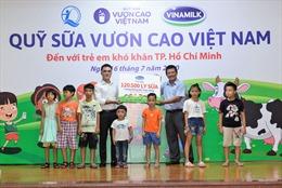 Hành trình xuyên mùa dịch của Quỹ sữa Vươn cao Việt Nam