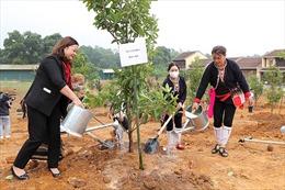 Phát động Tết trồng cây tại Làng Văn hóa - Du lịch các dân tộc Việt Nam