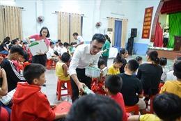 Quỹ sữa Vươn cao Việt Nam 2021 của Vinamilk sẽ có thêm 21.000 ly sữa từ sự tham gia của cộng đông