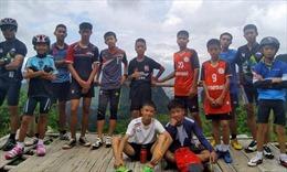 Thông tin ít biết về các cầu thủ tài năng, nghị lực của đội bóng Thái Lan bị mắc kẹt