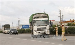 Bộ Giao thông Vận tải đề nghị các địa phương tăng cường ngăn chặn xe quá tải