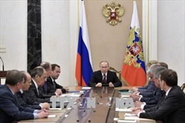 Thế giới tuần qua: Mỹ liên tiếp trừng phạt một loạt nước, quan hệ với Nga nóng trở lại