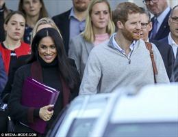 Điện Kensington xác nhận Công nương Markle đang mang thai