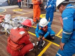 Máy bay Indonesia lao xuống biển đã gặp sự cố kỹ thuật tối hôm trước