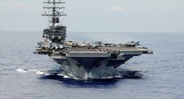 Tàu sân bay Mỹ vừa cập cảng, người Hong Kong than phiền vì bị nhiễu điện tử