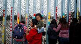 Tổng thống Trump có đủ quyền để 'vượt mặt' Quốc hội Mỹ xây tường biên giới?