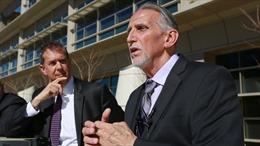 Người đàn ông Mỹ nhận bồi thường 21 triệu USD sau gần 4 thập kỷ tù oan