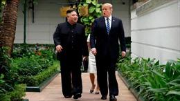 Hai nhà lãnh đạo Mỹ-Triều hủy cuộc họp ngoài trời vì thời tiết Hà Nội nóng ẩm