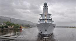 Giữa bão 'chặn bắt' tàu dầu, Anh cử chiến hạm thứ 2 tới vùng Vịnh