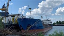 Ukraine công bố video vây bắt tàu chở dầu, thẩm vấn thủy thủ Nga