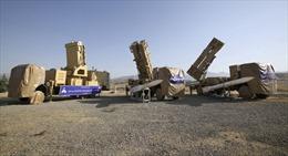 Iran tuyên bố sở hữu radar có thể 'lột áo tàng hình' mọi chiến đấu cơ Mỹ