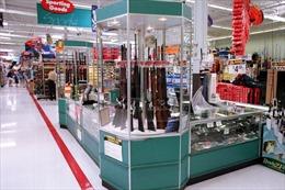 Chuỗi siêu thị Walmart tại Mỹ tiếp tục bán súng