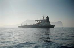 Nguyên nhân 'siêu tàu chở dầu' Iran vẫn chưa khởi hành mặc dù có lệnh thả