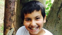Cậu bé 7 tuổi gửi tin nhắn cứu 15 người sắp chết ngạt trong thùng xe container tới Anh