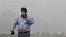Khói mù độc hại đặc quánh vây kín thủ đô New Delhi