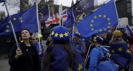 Người châu Âu tại Anh buồn vì Brexit