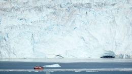 Hiểm họa dưới lòng đại dương khiến băng Greenland tan chảy