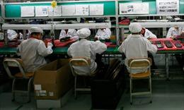 Nhà máy cung cấplinh kiện iPhone chuyển hướng sản xuất khẩu trang