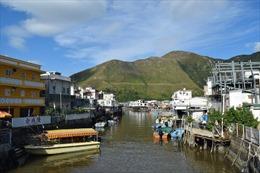 Làng chài Hong Kong dùng nước biển khử trùng phòng dịch Covid-19