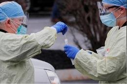 Nhiều y tá Mỹ lo sợ trở thành nguồn lây COVID-19 do không được xét nghiệm