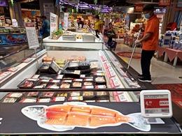 Thị trường cá hồi 700 triệu USD điêu đứng vì ổ dịch COVID-19 mới tại Bắc Kinh