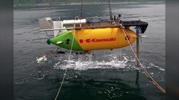 Tàu ngầm tự hành mini Nhật Bản thử nghiệm bình ắc-quy nhựa chống cháy