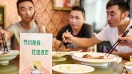 Chiến dịch 'sạch đĩa' gặp thách thức vì thói quen ăn xả láng của người Trung Quốc